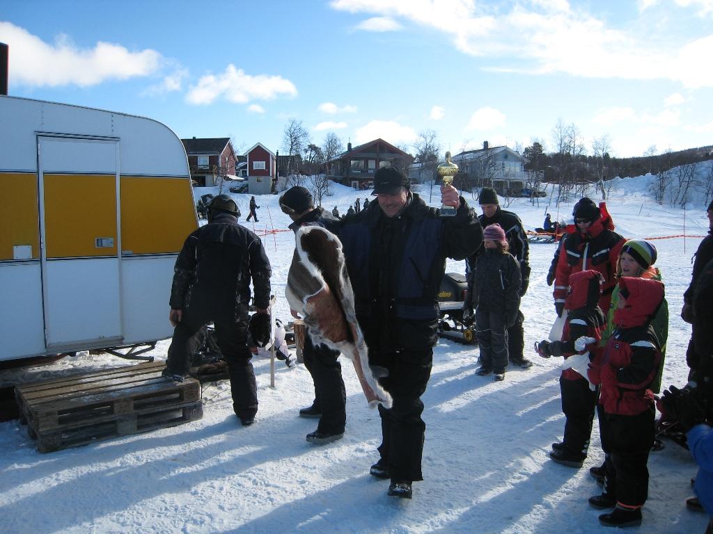 Odd-Björn Steinehaug kammade hem pokalen för högst fiskvikt i herrklassen.